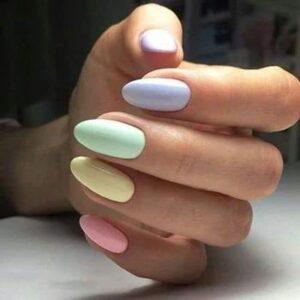 Uñas de colores pasteles