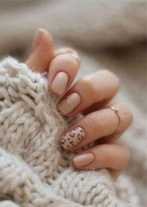 animal print chic nails