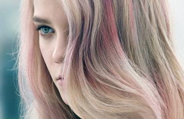 Mechas gold la nueva tendencia de coloración para el cabello